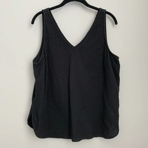 Old Navy Black Textured Fabric Tank Blouse A12